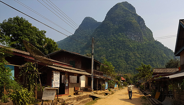 Muang Ngoi village